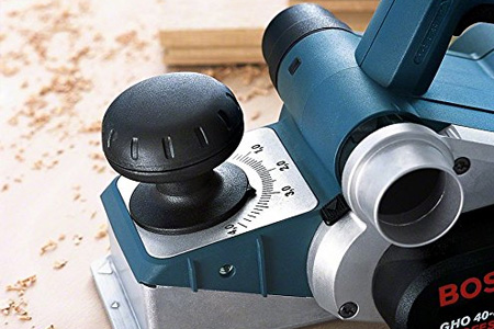 Controle Bosch Professional GHO 40-82 C